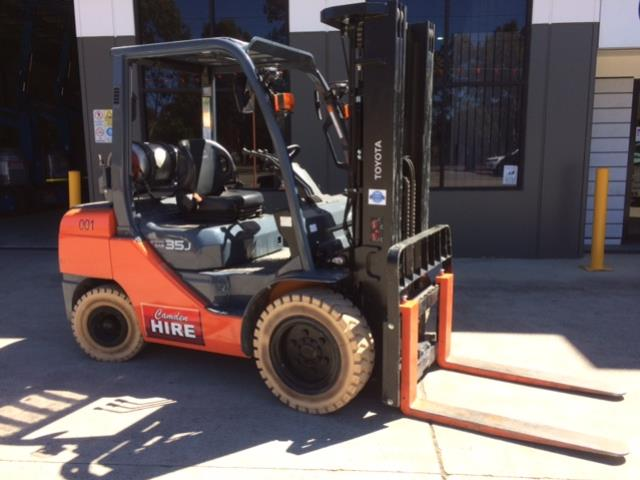 Where to find 3.5T FORKLIFT in Sydney